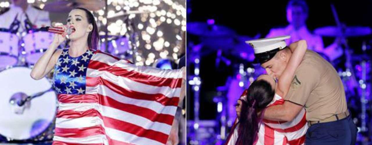 Para celebrar el Día de la Independencia, recopilamos algunos momentos en donde las grandes estrellas de la música exaltan su amor hacia la Bandera de Estados Unidos, cómo Katy Pery, quien no sólo la vistió, pues también besó a un marine en pleno show.
