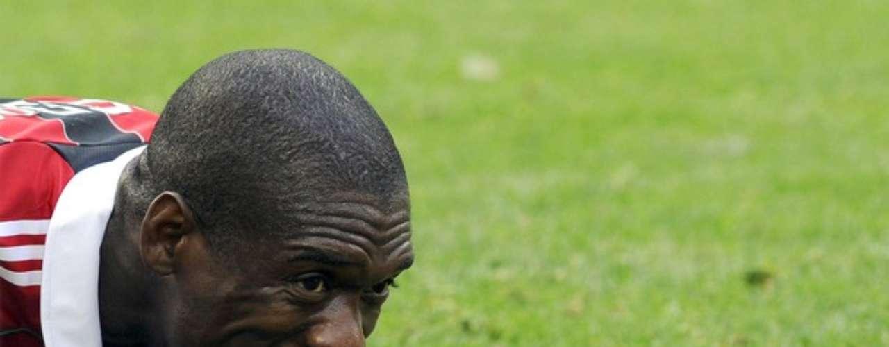 El holandés viene de jugar con AC Milan en el Calcio italiano y fue figura con Selección en mundiales pasados. Toda una estrella en el fútbol brasilero