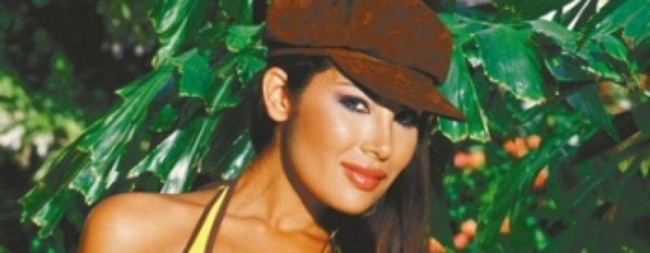 Las investigaciones continuaron y gracias a las capturas de nuevos implicados, se pudo confirmar el papel de Sanclemente en la banda. Además, se pudo establecer que Angie había ingresado a Argentina con su 'novio', 7 años menor que ella y con quien planeaba utilizar modelos para enviar droga al exterior.