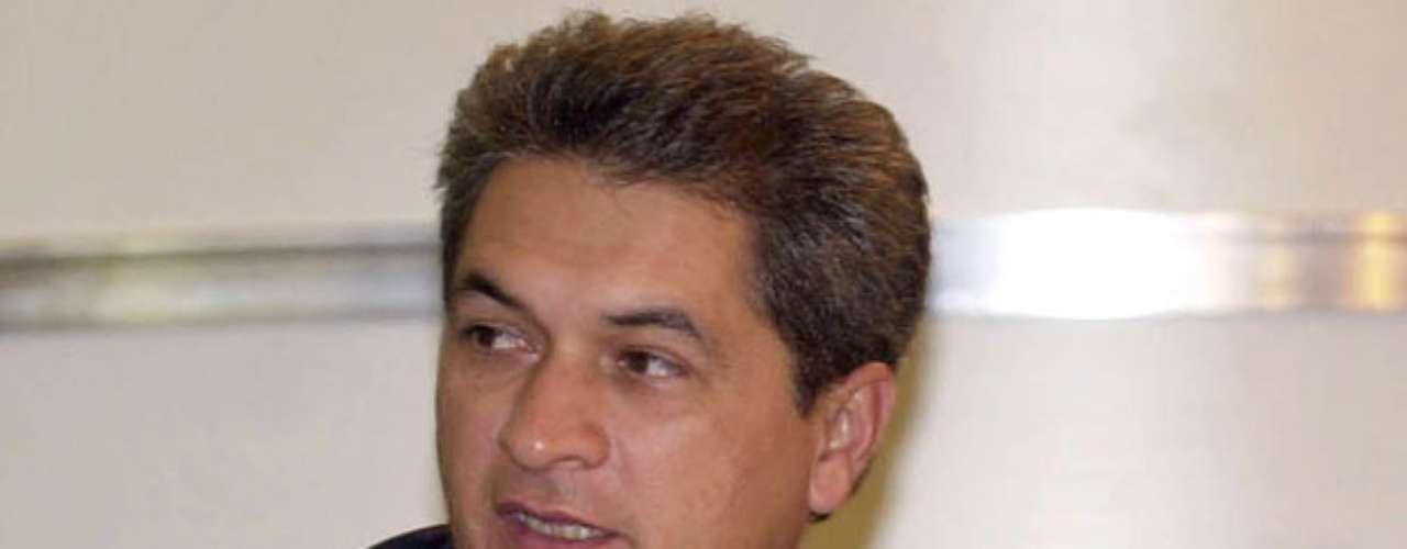 Un ícono priista y ex gobernador del estado del estado fronterizo de Tamaulipas, Tomás Yarrington, fue acusado a principios de este año por un testigo protegido de la DEA de haber lavado dinero para Los Zetas y el Cártel del Golfo, además de haber sido cómplice de la matanza del candidato priista Rodolfo Torre Cantú. No obstante, la investigación aún se encuentra en procedimiento, y no se le ha acusado formalmente.