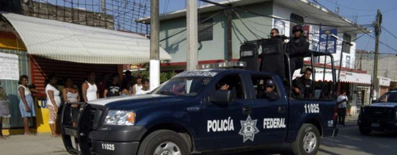 Marco Antonio Hernández García, alias 'El Comandante', líder de la organización La Mano con Ojos confesó en marzo de este año ser el responsable de al menos 10 decapitaciones en la Ciudad de México y el Estado de México. Además los cadáveres de algunas de las víctimas fueron cruelmente incinerados.