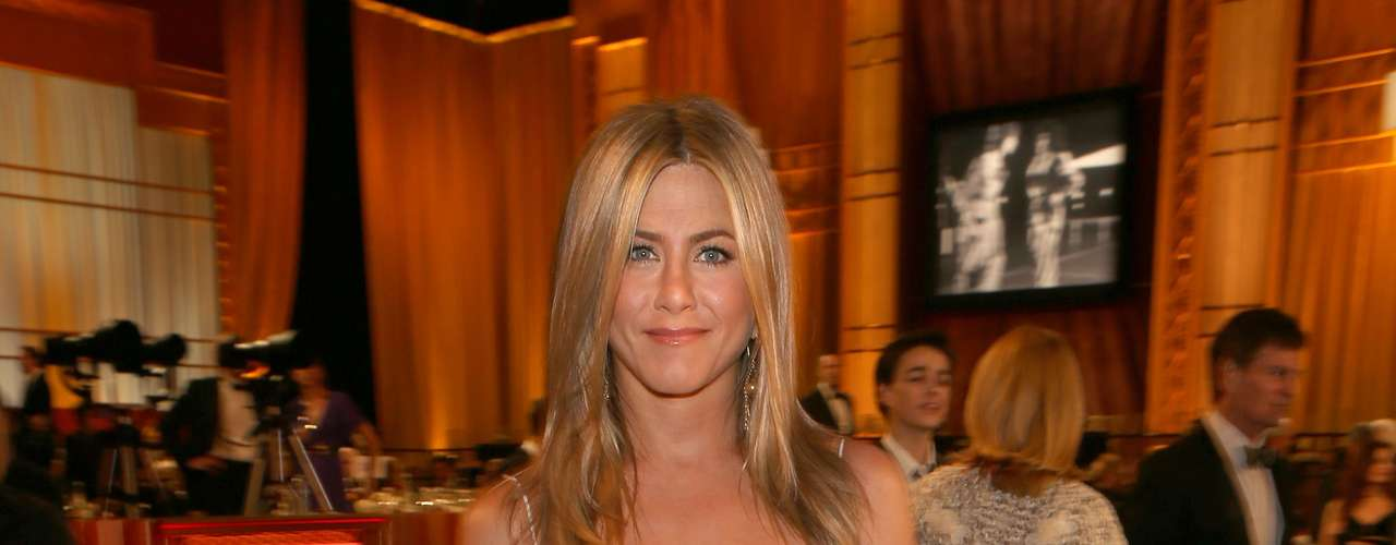 Jennifer Aniston has one of the most expensive secrets. She uses an elite perfume that us commoners wouldn't be able to afford, it is called Fracas & Bandit by Robert Piguet. For her hands and feet she uses a cream by Barielle. Only someone that made $1 million per episode on a little show called \