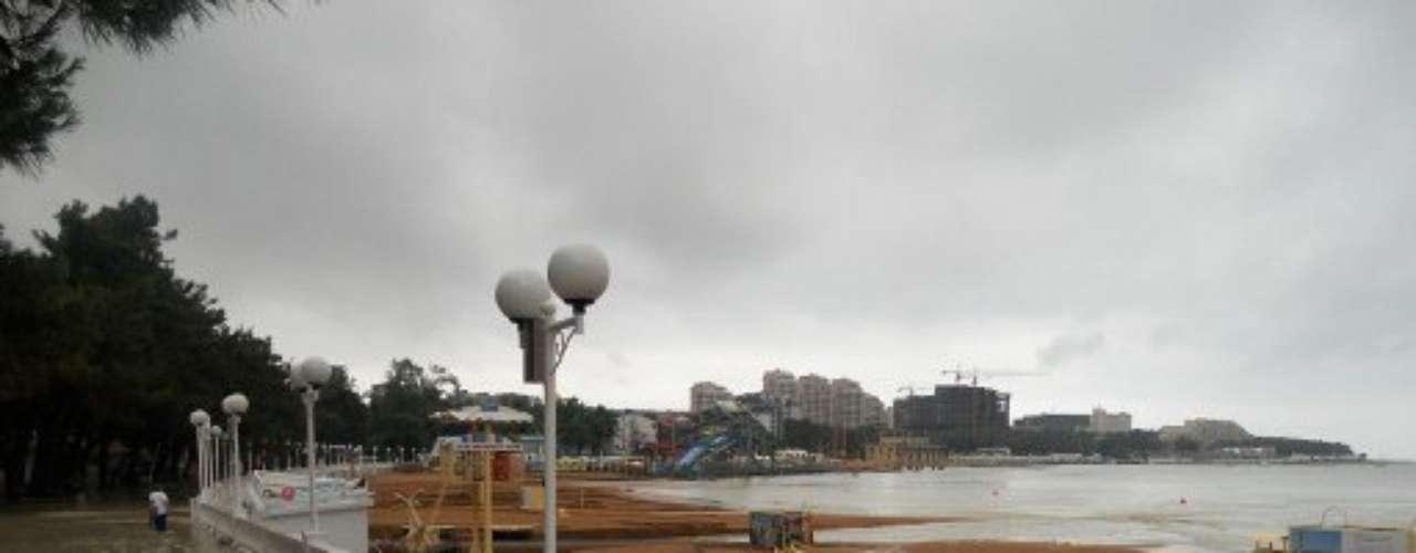 Al menos ciento tres personas murieron a causa de las lluvias torrenciales en una región sureña de Rusia, informaron el sábado las autoridades.