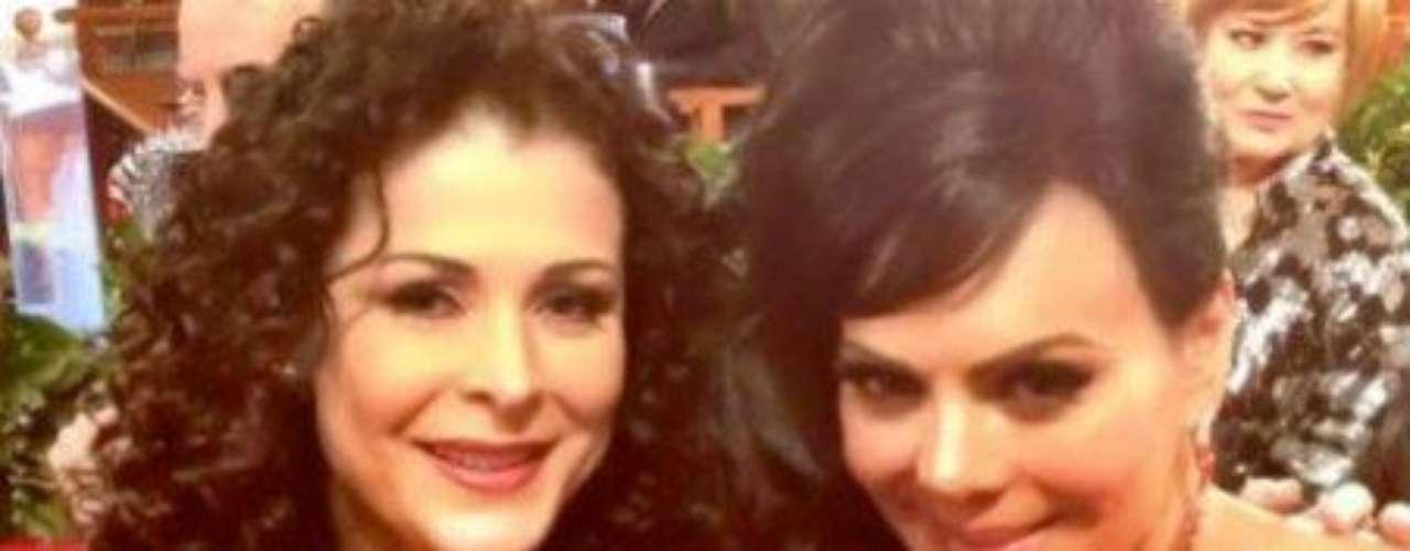 Ahí tienes mucho de dónde escoger...Síguenos en:     Facebook -   TwitterEugenio Derbez y Alessandra Rosaldo se dieron el 'sí'FOTO: El regalo de Eugenio Derbez a Alessandra Rosaldo en su boda: ¡Tremenda motocicleta! '