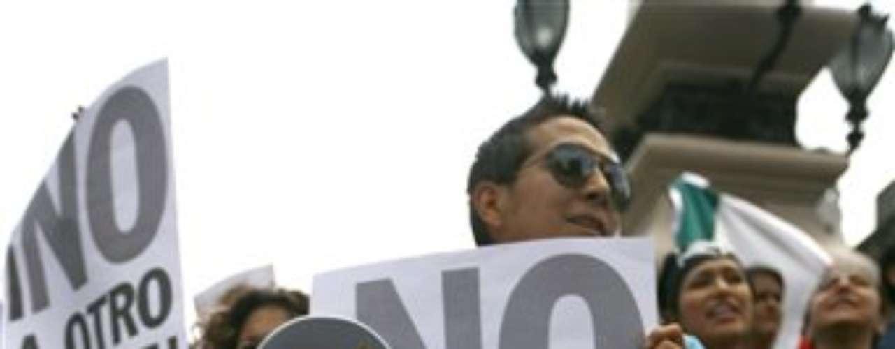 La manifestación de hoy, que cerró la circulación en el Paseo de la Reforma, fue convocada a través de las redes sociales y fue denominada \