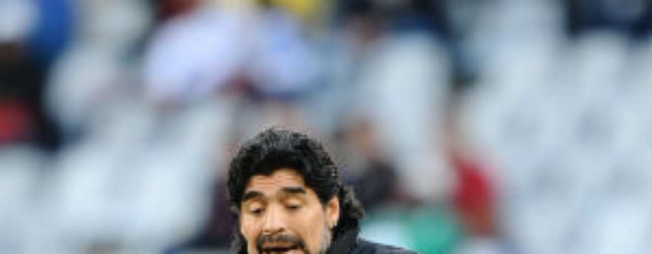 With barely any experience but with everything he represents for Argentine football, Maradona was given the chance to lead the national team in 2008.