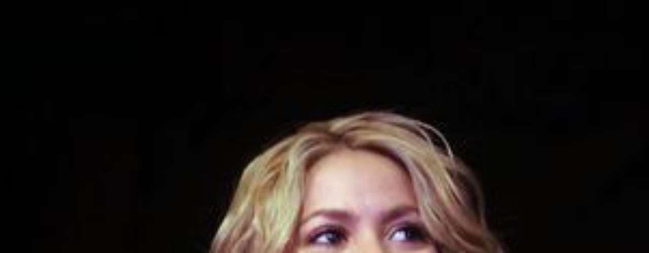La cantante barranquillera Shakira solo es reconocida por su primer nombre. Pero su identidad completa es Shakira Isabel Mebarak Ripol.