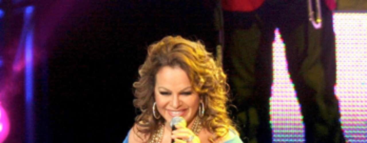 Jenni Rivera,  fue escogida como coach en la segunda temporada del programa de talento musical La voz México.  La \