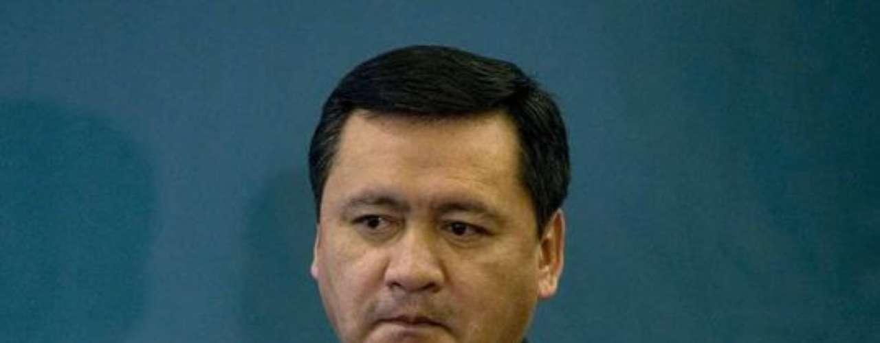 Miguel Ángel Osorio Chong aspira a la Secretaría de Gobernación, pero podría ir a Agricultura. El ex gobernador hidalguense también es ubicado en la Sedesol, la Secretaría con mayor presupuesto. Hasta que se valide la elección presidencial Osorio Chong fungirá como coordinador de Diálogo Político.