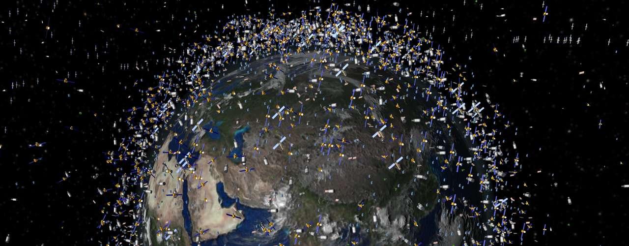 La Agencia Espacial Europea (ESA) indicó que la posibilidad de que una nave quede varada en órbita tras chocar con un trozo de basura espacial, \