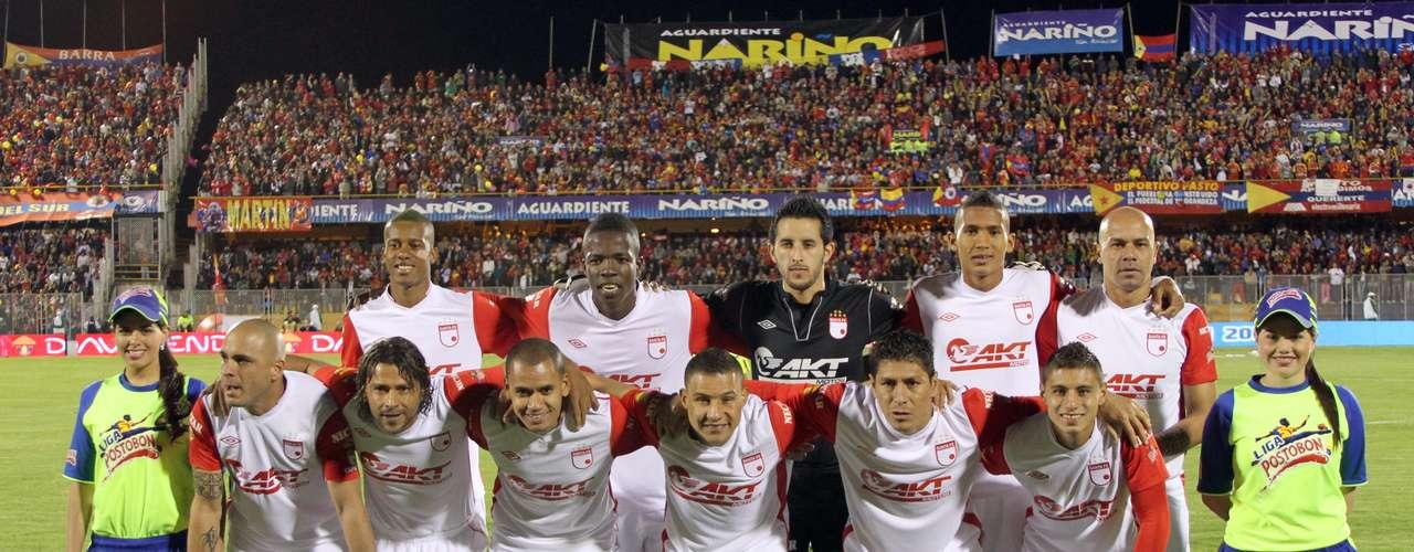 Santa Fe jugó con: Vargas; Meza, Quiñones, Centurión; Otálvaro, Roa, Bedoya, Arias, Pérez; Copete y Cabrera