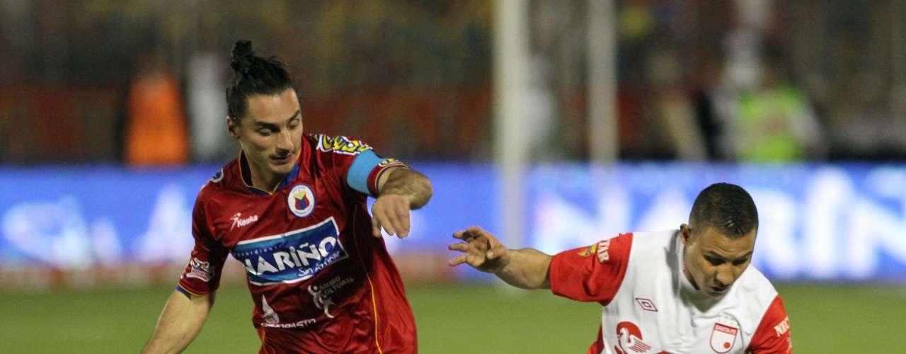 Deportivo Pasto e Independiente Santa Fe empataron a un gol en el estadio Libertad, un primer tiempo donde se cortó mucho el juego y que bastó para que ambos equipos marcaran sus goles