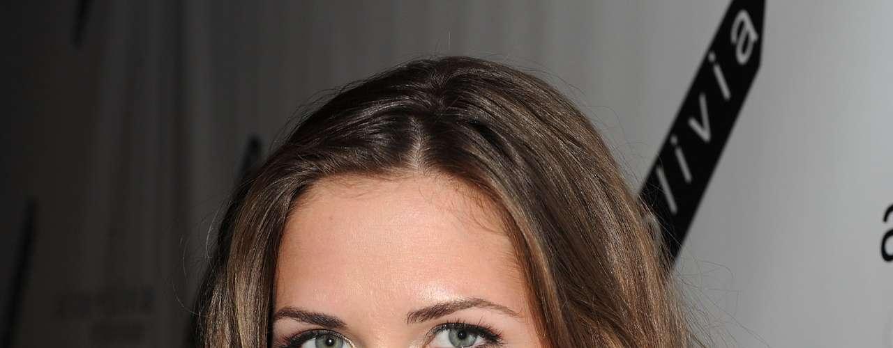 Erin Lucas: Es hija de Cliff Williams, bajista de AC/DC. Es modelo, actriz y presentadora de televisión