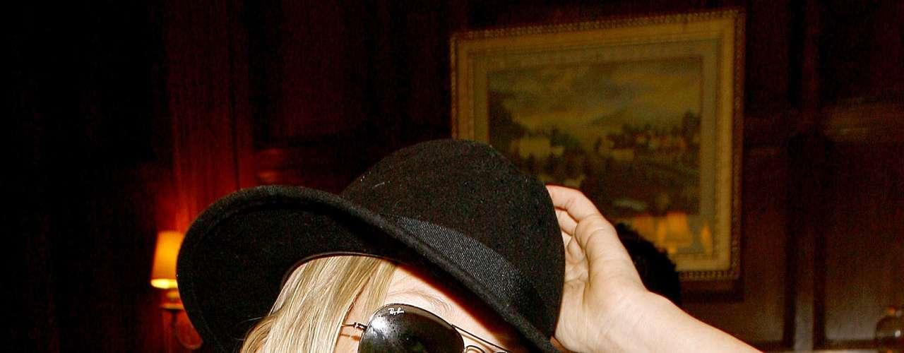 Theodora Dupree. Es la hija más joven del guitarrista de los Rolling Stones, Keith Richards, con su actual mujer, Patti Hansen. Theodora sigue la carrera de modelo