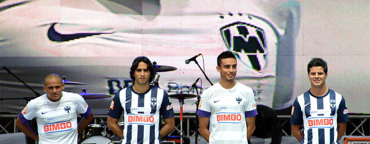 The Monterrey stars appear at the official unveiling of the new uniforms.