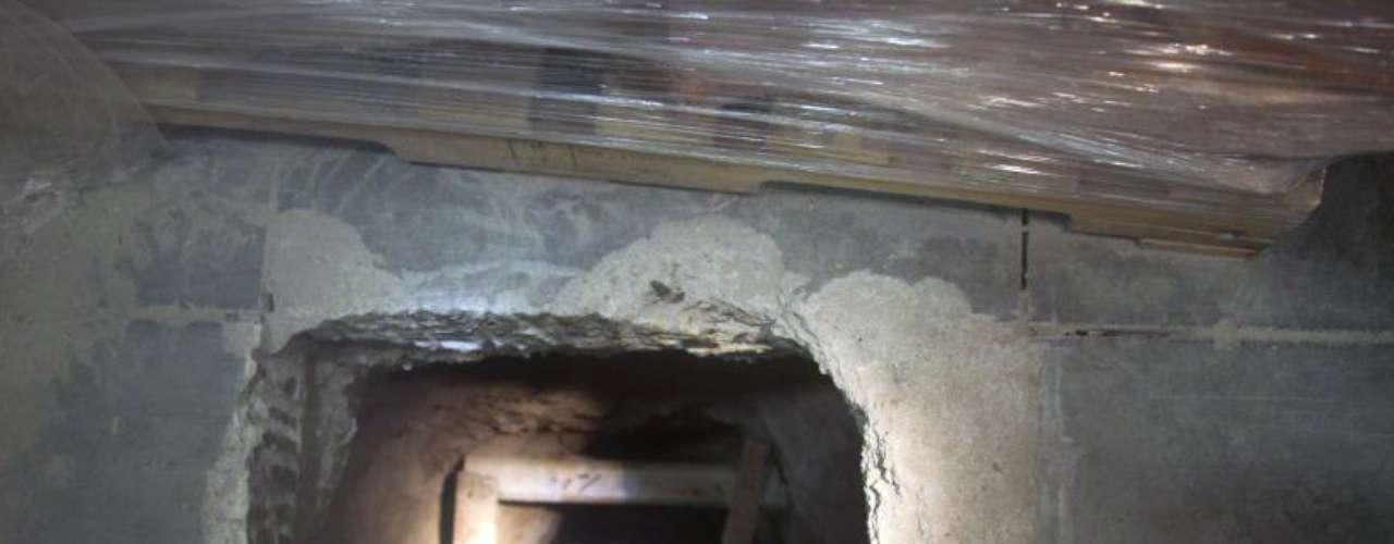 Según las autoridades, excavar un túnel que cruce la frontera requiere de seis meses a un año de trabajo.