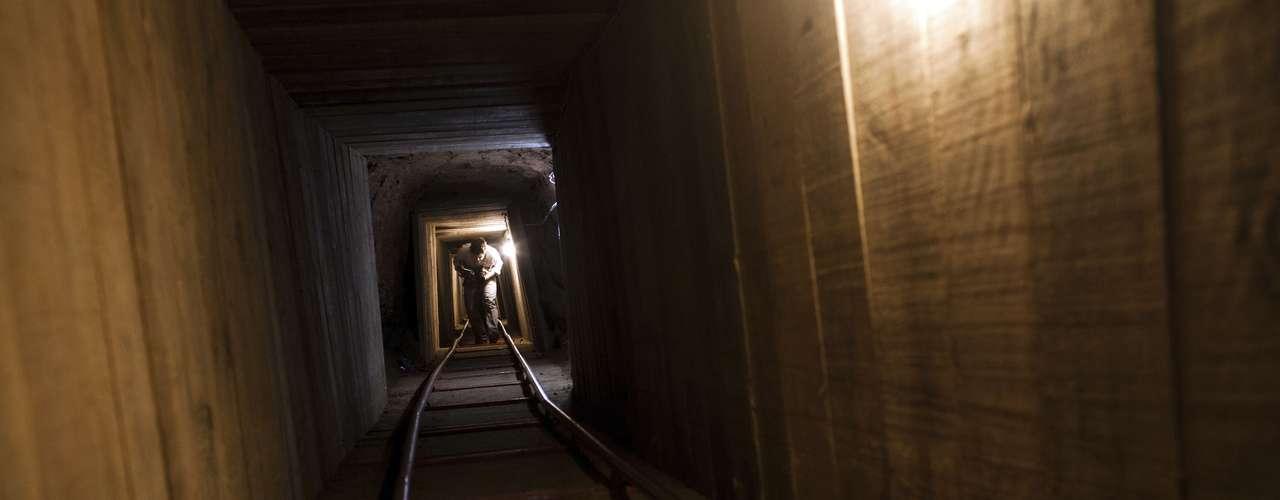 Un total de 156 túneles desde 1990, y 70 desde octubre del 2008, sobrepasando la cifra de los seis años anteriores.