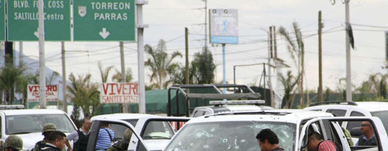 El próximo presidente de México Enrique Peña Nieto heredará, cuando asuma en diciembre, la sangrienta lucha contra el narcotráfico con su oleada de secuestros, decapitaciones y fosas clandestinas.