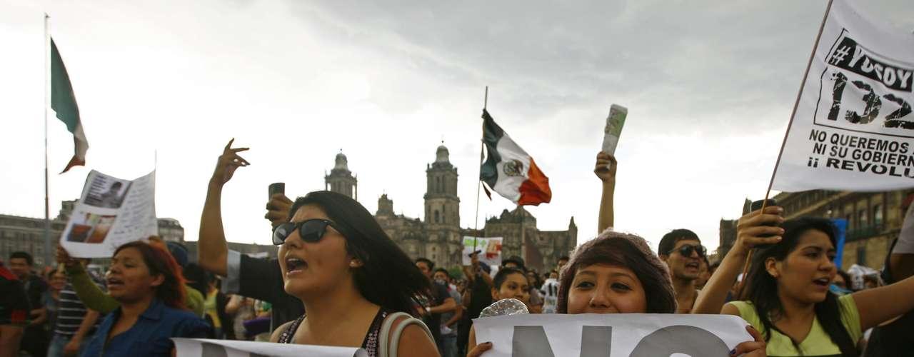 Según informaron los organizadores del evento en un comunicado, participaron más de 1.000 personas de 28 estados de la república, y más de 250 organizaciones sociales, entre ellas los jóvenes del movimiento.