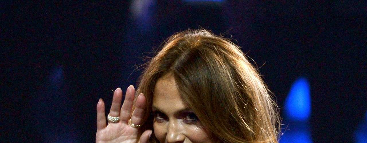 J.Lo ya cerró un capítulo de su vida y su carrera está más fuerte que nunca. Ahora se prepara para la gira que hará junto a Enrique Iglesias.