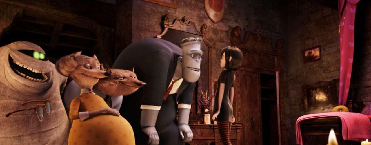 Monstruos como Frankenstein y su novia, la Momia, el Hombre Invisible, una familia de hombres lobo y muchos más, serán los invitados especiales en 'Hotel Transylvania'