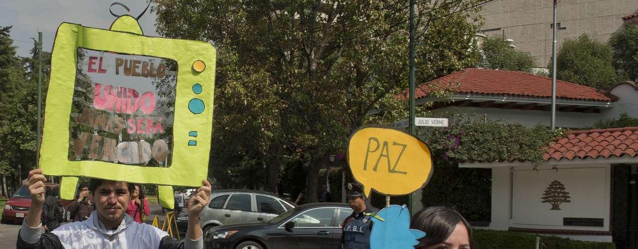 Según el periódico La Jornada de la Universidad Autónoma de México (UNAM), las acciones previstas incluyen la ocupación de plazas públicas, la toma o cerco de las instalaciones de Televisa en todo el país y la movilización de campesinos, obreros, trabajadores, estudiantes, maestros, sindicatos y otros grupos, que rechazan el triunfo de Peña Nieto.