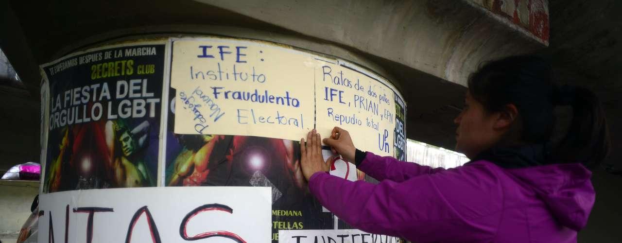 El gobierno de Felipe Calderón no se salva. Precisamente en septiembre, tendrán lugar dos protestas nacionales. La primera será el 6 de septiembre y será una marcha masiva hasta el Tribunal Electoral del Poder Judicial de la Federación (TEPJF) y la Cámara de Diputados; contra la imposición de los próximos diputados y senadores y en rechazo a al sexto informe de gobierno de  la administración Calderón.