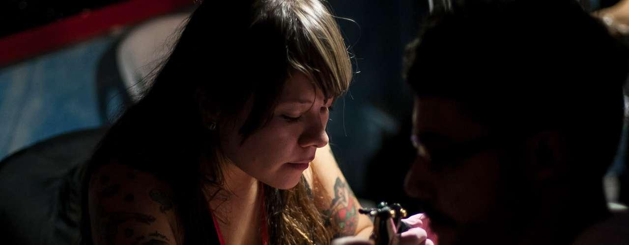 Demmis, 61610, Franco, Bossiski, Leets, Chivo, Calvo, Calaca, Karl, Neva Camilo J y Helmut  fueron algunos de los tatuadores invitados.