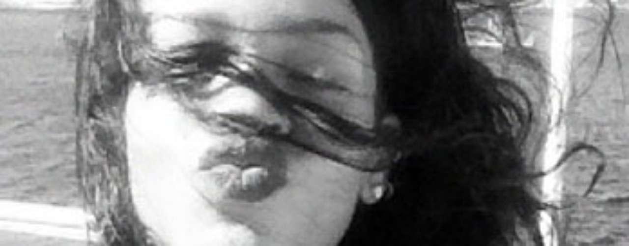 Rihanna mandó un beso para todos sus seguidores.
