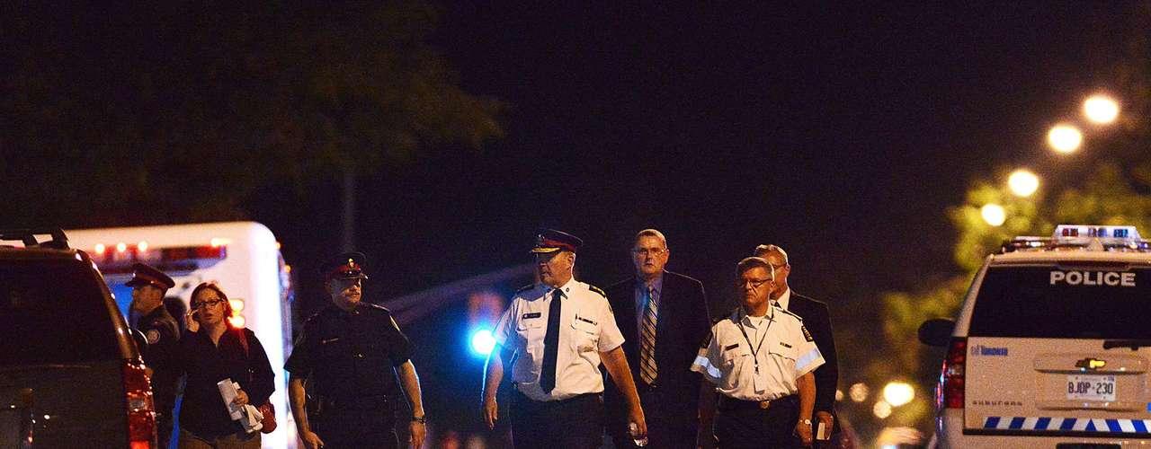 Entre las víctimas que recibieron disparos figura una niña de 12 años y un menor de 16, indicó la portavoz policial Wendy Drummond.