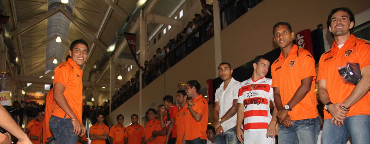 The players posed with fans as they showed off their new look for the coming season.