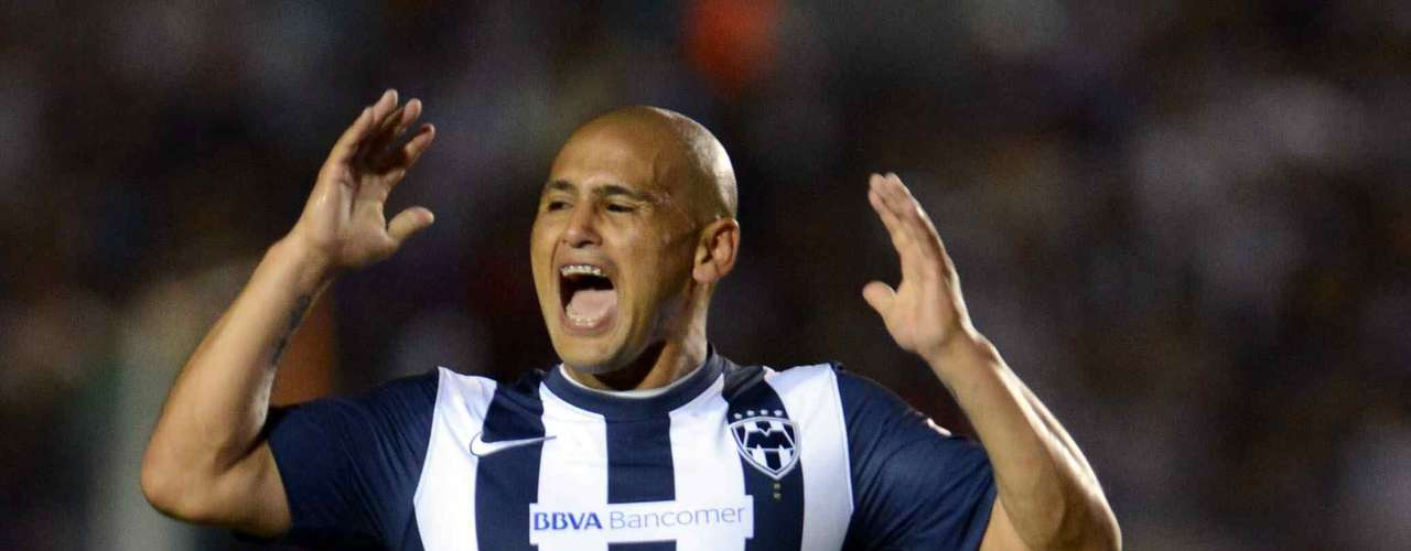 Humberto Suazo wants to keep making history in his time with Monterrey.