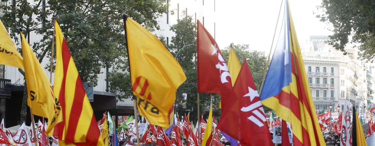 Centenares de miles de personas marcharon por ciudades como Barcelona, Bilbao o Madrid bajo el lema: \