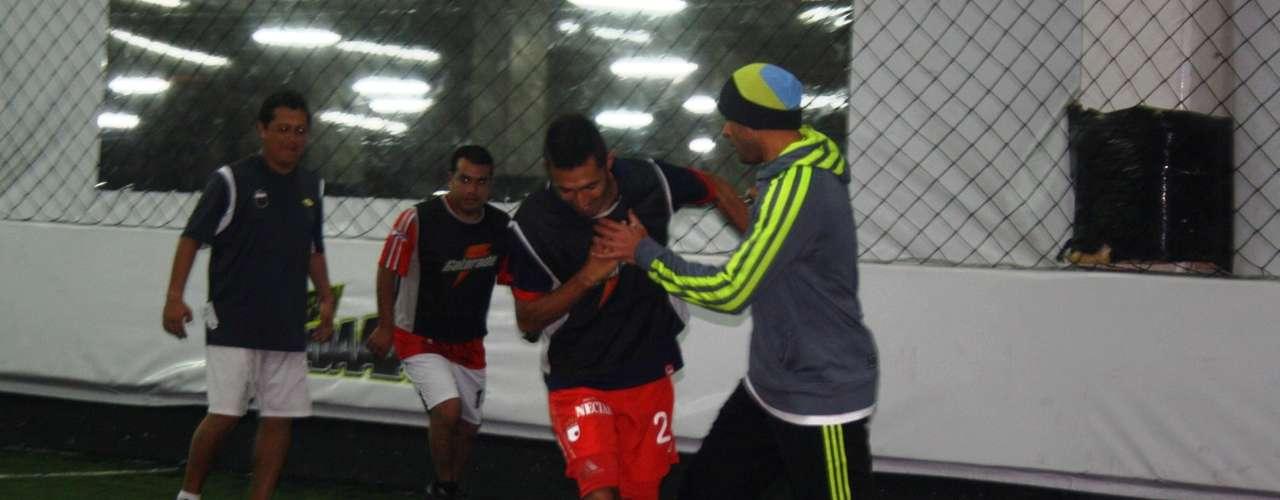 Omar Pérez junto a Hugo Acosta, campeones con Independiente Santa Fe de la Liga Postobón I - 2012.