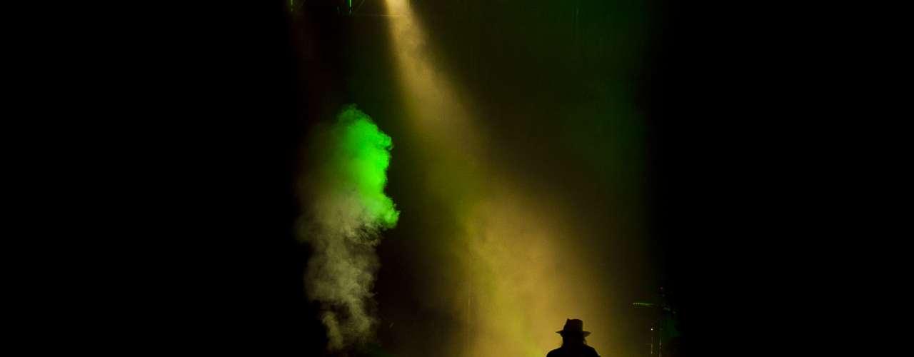 Axl Rose desmintió los rumores de que la banda original se reuniría de nuevo, algo que los fans están deseando y que, tras un concierto como este, queda mucho más patente.