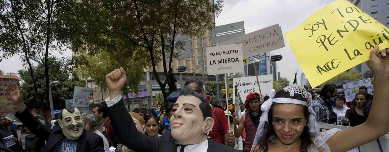 A esta tercera megamarcha se unieron las organizaciones de Atenco, Cherán, Frente Popular Francisco Villa, Frente Popular en Defensa de los Pueblos, ex trabajadores del Sindicato Mexicano de Electricistas, miembros del Partido de la Revolución Democrática, jóvenes rechazados de diversas universidades y miembros del movimiento estudiantil #YoSoy132, entre otros