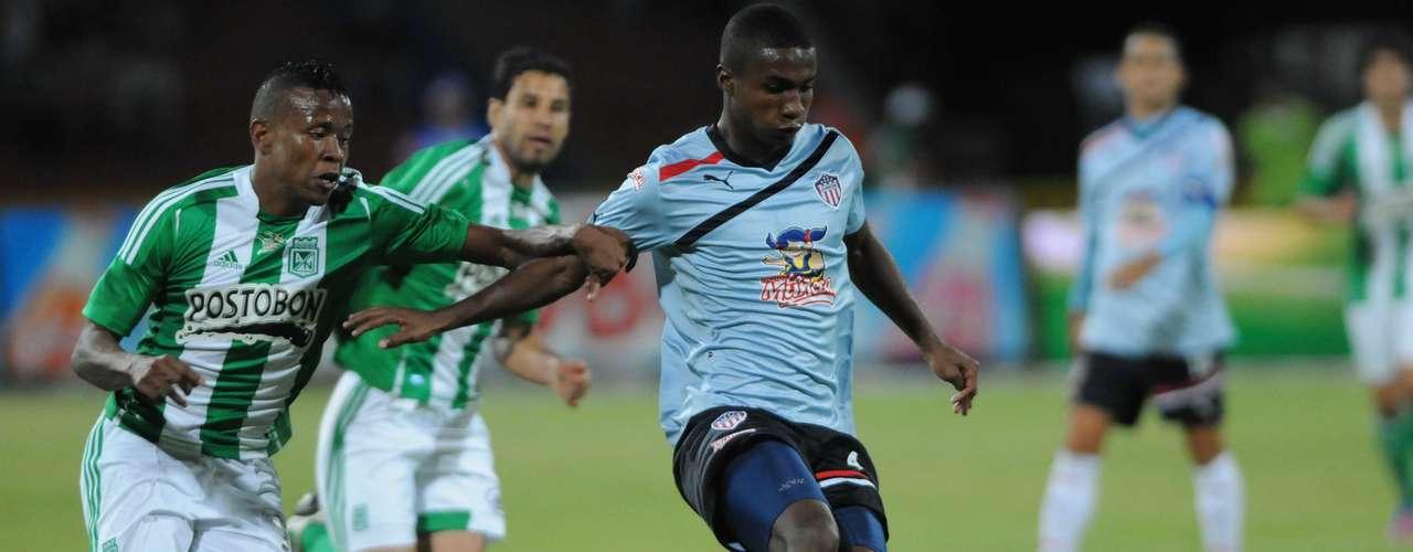 Con dos goles de John Pajoy y uno de Jéfferson Duque, Nacional goleó por 3-0 al Junior, y se quedó con la primera Superliga que organizó la Dimayor