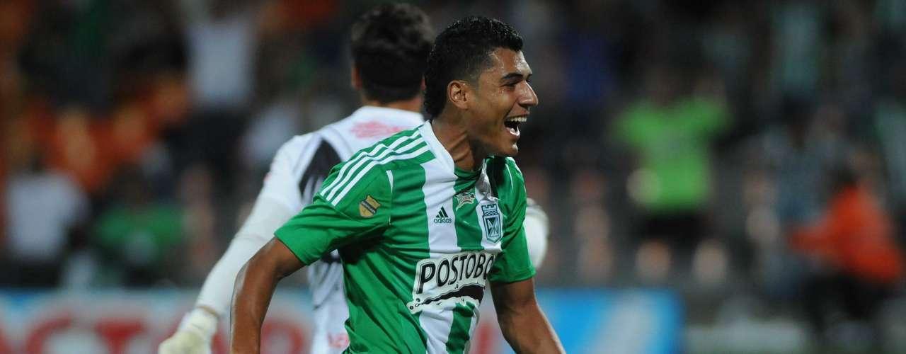 Jefferson Duque volvió a ser protagonista en Medellín y marcó uno de los goles terminando con 3 en la Superliga