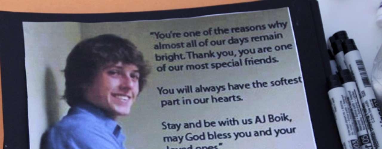 Alexander J. Boik: Tenía 18 años de edad, era el segundo más joven entre las víctimas.