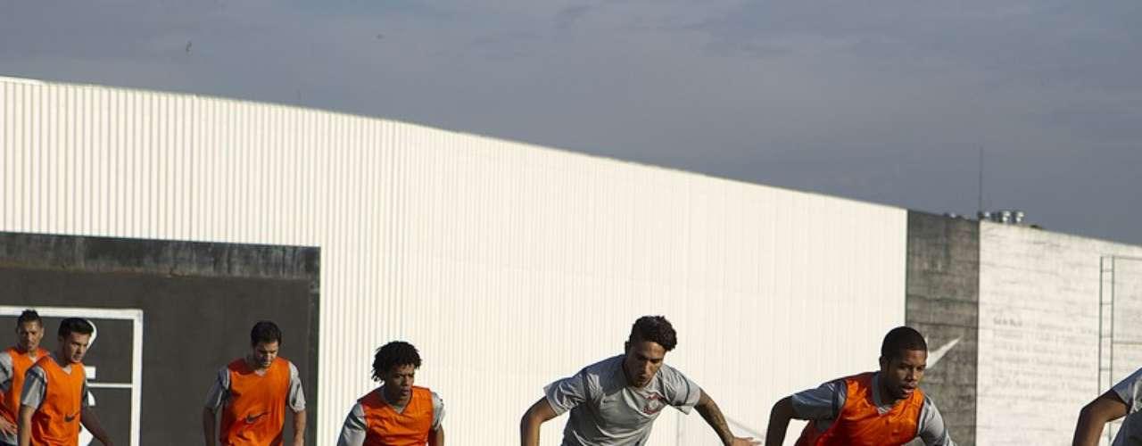 El delantero peruano Paolo Guerrero fue habilitado por la Confederación Brasileña de Fútbol (CBF) y estará disponible para jugar su primer partido con el Corinthians este miércoles ante Cruzeiro por la décimo segunda fecha de la Liga Brasileña. El atacante además ya se encuentra en un buen estado físico, según informó el preparador físico Fabio Mahseredjian, por lo que su debut en el equipo paulista depende solo de la decisión del entrenador Tite.