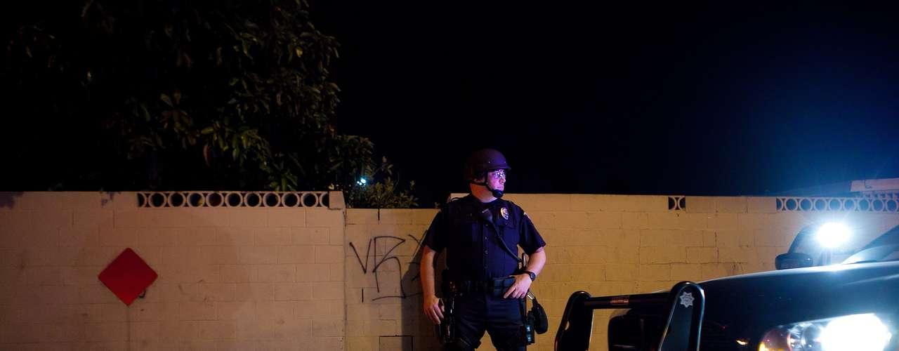 Manuel Díaz, de 25 años, fue baleado el pasado sábado por miembros del Departamento de Policía de Anaheim, en el condado de Orange, cuando estaba, aparentemente, desarmado, lo que ha generado protestas y enfrentamientos con las autoridades por parte de los residentes hispanos de la zona.