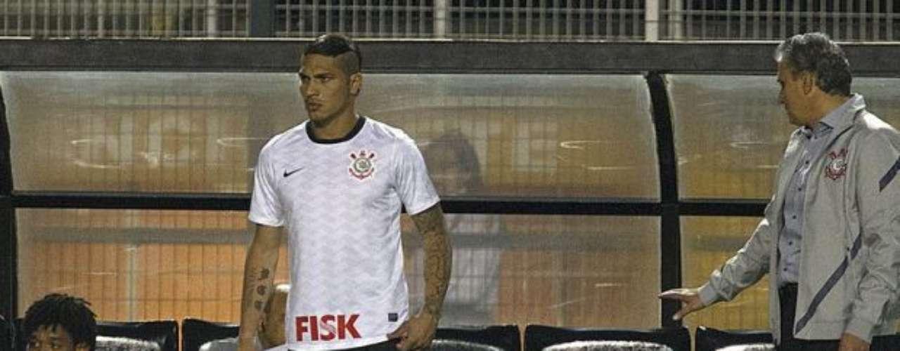 Paolo Guerrero debutó el miércoles con la camiseta del Corinthians en el triunfo 2-0 sobre el Cruzeiro por el campeonato brasileirao.