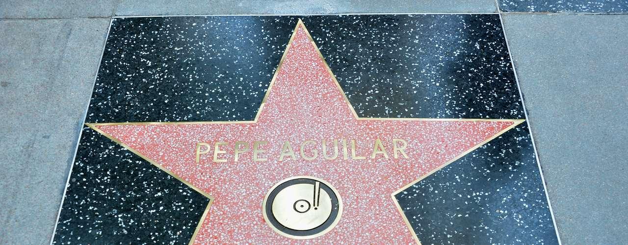 La estrella del hijo de Antonio Aguilar, es la número 2.474 otorgada por la Cámara de Comercio de Hollywood.