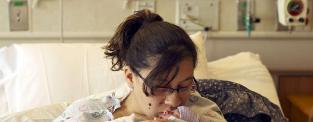 De acuerdo a reportes médicos, tanto la madre Katie como el bebé se encuentran muy bien de salud.