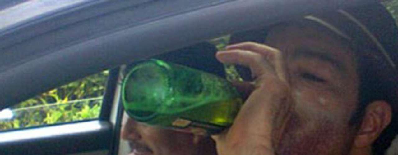 Pablo Montero fue capturado bebiendo mientras se encontraba al volante de su vehículo en la población de Noh-bec, Quintana Roo, México.