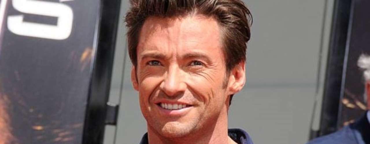 Hugh Jackman . El actor australiano, reconocido por papeles como el de 'Wolverine', tuvo un trabajo como un payaso llamado 'Coco'. Según Jackman, se disfrazaba de ese personaje  para animar fiestas infantiles pero los mismos niños le decían que era un payaso terrible por su falta de gracia.