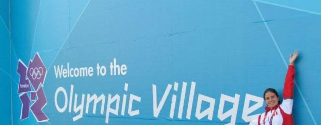 'La villa olímpica yeei :)' (Twitter @RiveroClaudia)