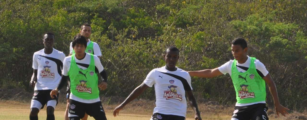 Jossymar Gómez estará en la primera línea de volantes del Junior de Barranquilla en su visita al Deportes Quindío.