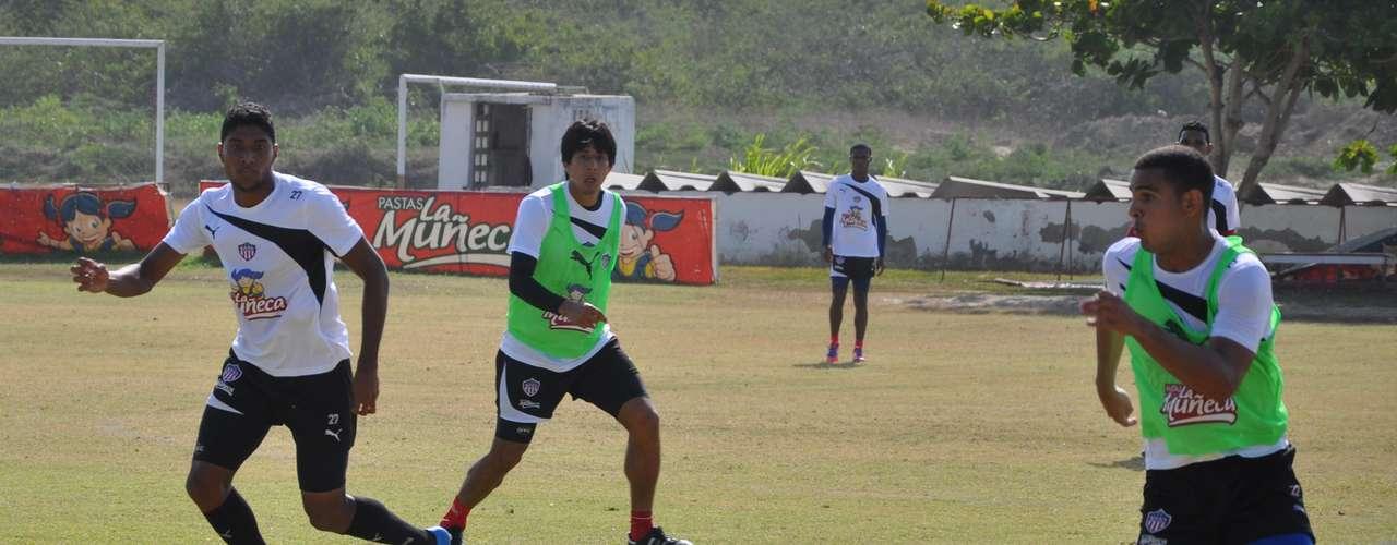 Luis Carlos Ruiz (i) será el hombre llamado a ser uno de los goleadores del Junior de Barranquilla en este semestre, junto al recién contratado Carlos Rentería.