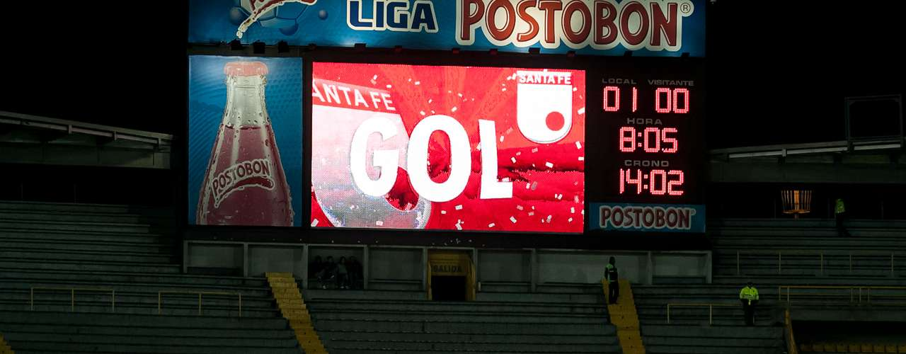 Independiente Santa Fe y Boca Juniors se enfrentaron en el cierre de la primera edición del Torneo Internacional de Verano, juego que terminó con triunfo para los rojos 1-0, anotación de Edwin Cardona.